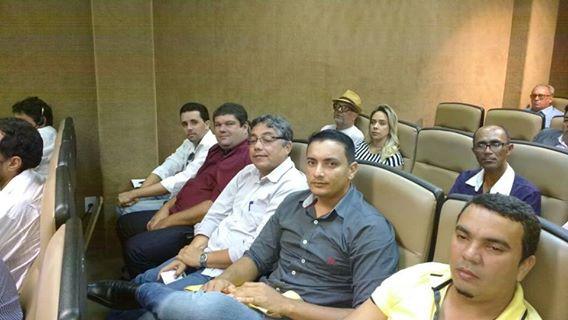 Participação de audiência pública na assembleia