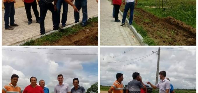 Engenheiro da Emater visita Local que será construido escritório.