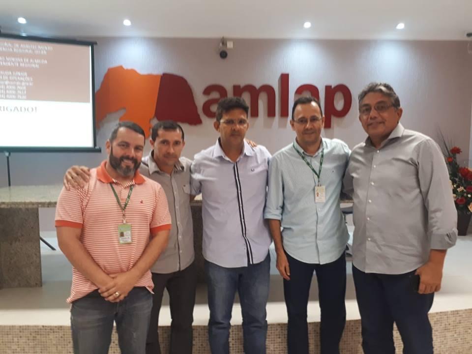 Hoje estivemos na (AMLAP),  em reunião com gestores dos municípios e representantes da CONAB.