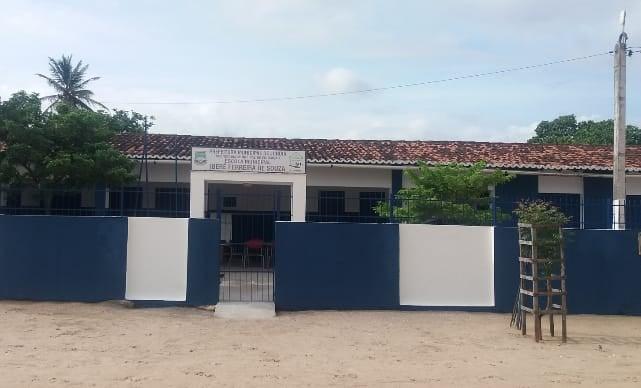 E. M. Iberê Ferreira de Souza, no Distrito de Lajedo Grande – Jundiá, foi contemplada pelo Projeto Inclusão Digital Direitos de Todos.