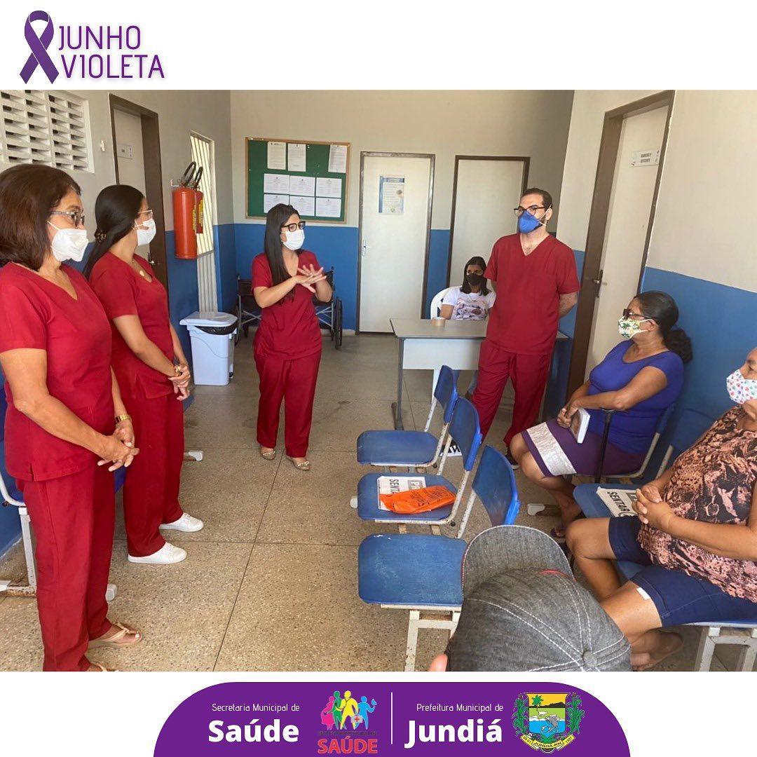 A Equipe Multidisciplinar da SMS realizou a ação de conscientização contra a violência da pessoa idosa.