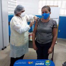 Secretaria Municipal inicia a imunização contra covid-19 dos professores da educação infantil