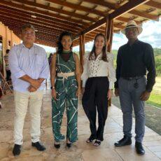 Ministro da Costa do Marfim visita o Centro de Aquicultura Lawrence em Jundiá/RN
