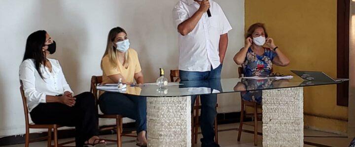 O Prefeito participa de evento sobre manejos de Resíduos Sólidos para Região Agreste