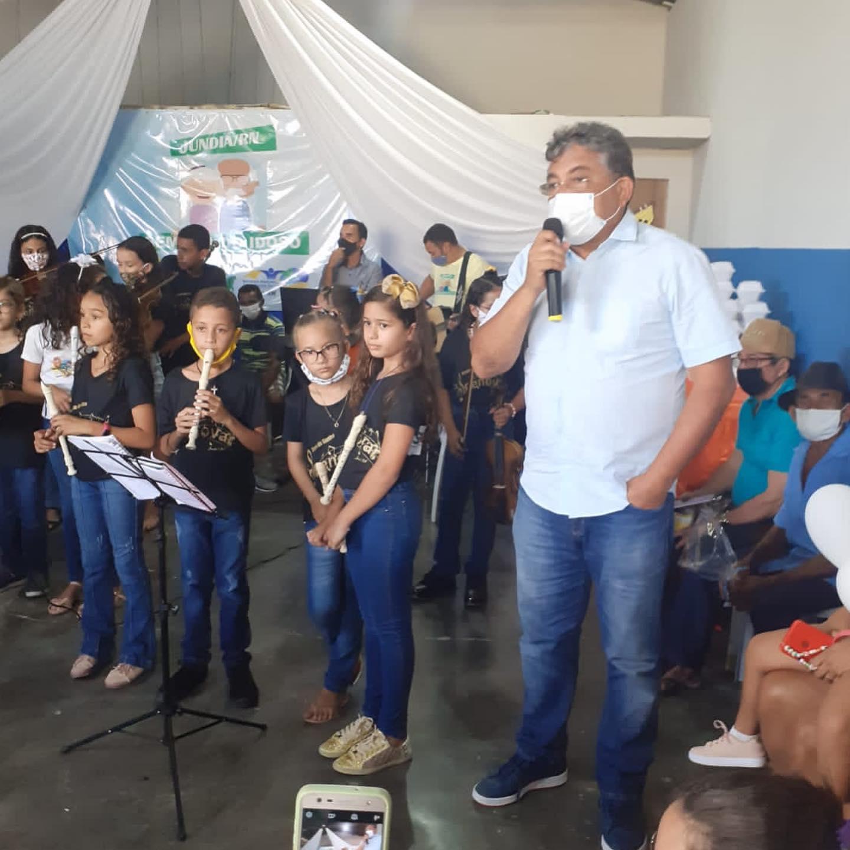 Secretaria de Saúde e de Assistência Social realizam ação em alusão a semana do idoso
